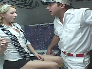 RealGfsExposed - Kinky Lexi loves to fulfill a dirty man'_s fantasy