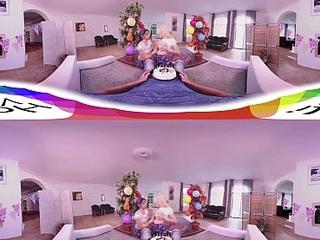 HoliVR 360VR   Awesome Beano 3Some