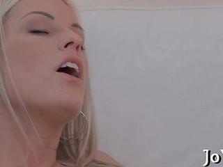 Teen playgirl enjoys insertions