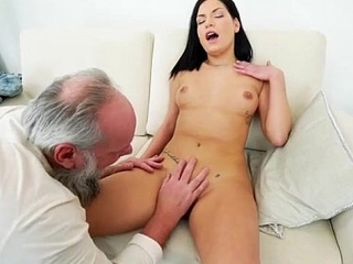 Euro Annie Wolf enjoys monster licked by a grandpa n suck cock