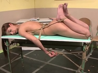 Dominant teacher pussytoying young beauty