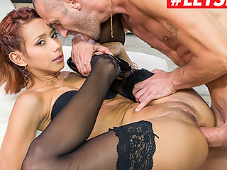 LETSDOEIT Huge Cock Anal Makes Her To Ripple - Veronica Leal