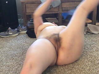 BBW mom with hairy pussy nice naked stretch