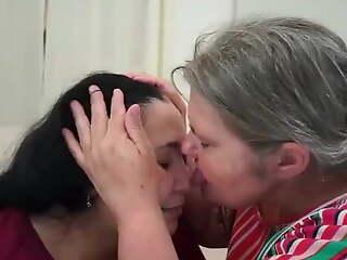 Lez Vid With Joyce & Antonella (Face Lick, Kiss, Ass Worship)