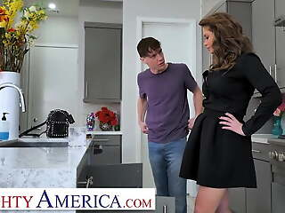 Poisonous America, Cougar has a college boy be wary of her