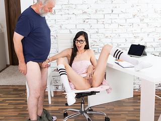 Dear cutie in Nautical port device comes to get an additional lesson and a couple of solo orgasms customer acceptance wanted