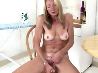 56 year old Nurse Pam is from Key West, Florida - Banana
