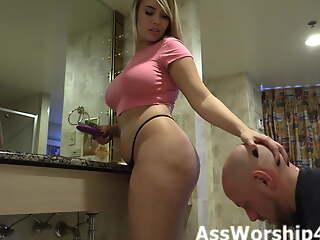 Mistress Lily Lane gets her ass worship
