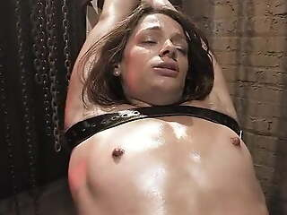 Babe wants to be dominated 03