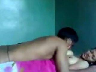 INDIAN DESI TEEN NEW SEX MMS SCANDAL