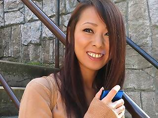 Japanese housewife Asuka is pleasing a guy, fullest extent