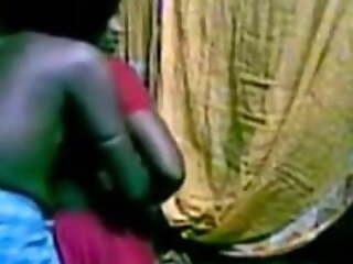 Mundiyampakkam Tamil hot housewife Mrs. Suganthi fucked at k