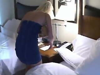 Girl can't get in her hotel room