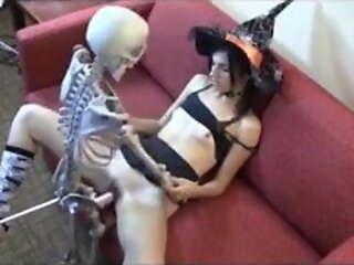 Witch fucking skeleton for Halloween