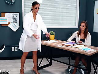Girlsway, Hot Teacher Gets Checked Up By Put emphasize School's Doctor