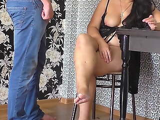Milf gave a blowjob and allowed him to fuck her ass.