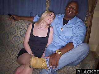 BLACKEDRAW, BBC-hungry blonde hooks fly to pieces her old teacher