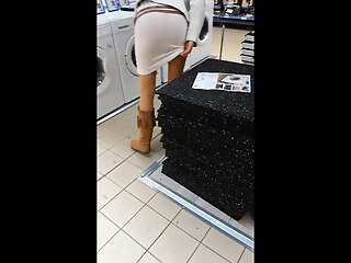 Real wife flashing botheration in mall