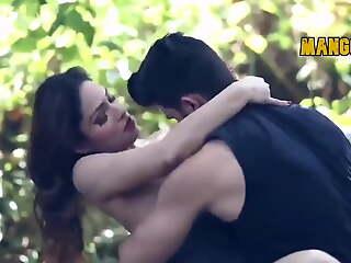 Indian Actress Zoya Rathore Fucked in the Jungle