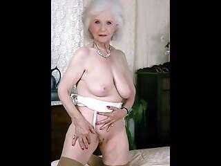 Classy Grannies (1)