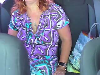 Mature milf in car blowjob and anal
