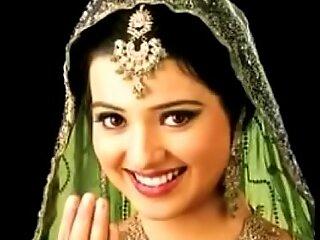 Hawt Pakistani Mujra to render unnecessary Indian fuck movie Gujjar Weddings
