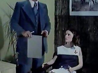 邪恶女学生(1980)