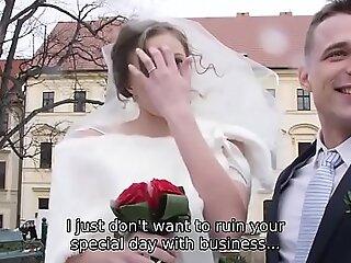 HUNT4K。 拥有 您 每个人 性交 某人%27s 色情 视频 新娘 在 婚礼上 3F I 做