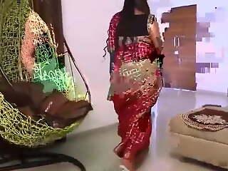 Desi Unsatisfied Bhabhi ne Devar ke Saath Dhoom Machaya